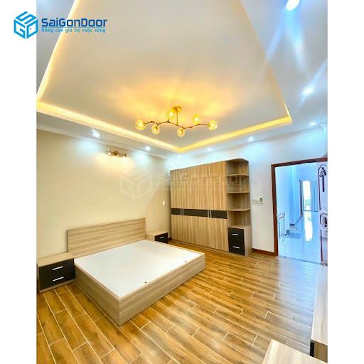 Những mẫu tủ quần áo tại SaiGonDoor tạo sự hài hòa cho không gian phòng ngủ